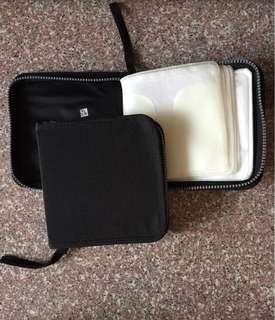CD holder pouch