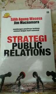 buku strategi public relations