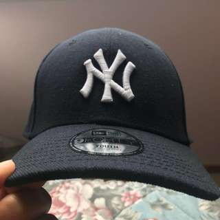 New York Yankees Hat - Youth - Never worn