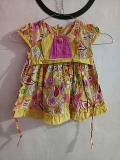 Dress perempuan