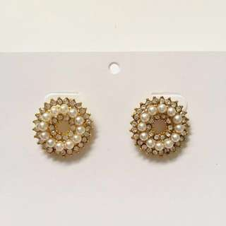 Diamanté Pearl Gold Stud Earrings - Fashion Jewellery