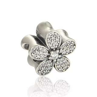 Code SS767 - Flower Daisy With Clear Cz 100% 925 Sterling Silver Charm, Chain Is Not Included, Compatible With Pandora