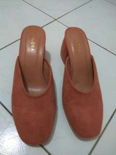 Zalora mules in dark peach