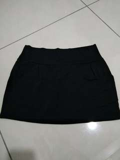 Black Skirt free shipping
