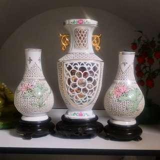 Vintage display vases