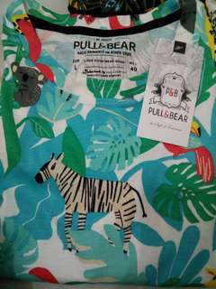 Pull & Bear Shirt (size L)