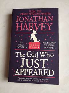 The girl who just appeared - Jonathan Harvey (English Book)