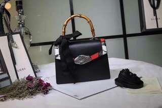【当季新品】Prada/普拉达 牛皮材质纯色男士系带板鞋