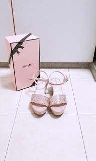 Pretty fit wedges sandal