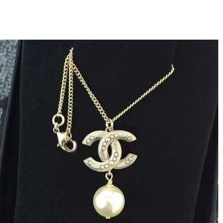 香奈兒Chanel新款雙C耳環鑲大珍珠吊墜女
