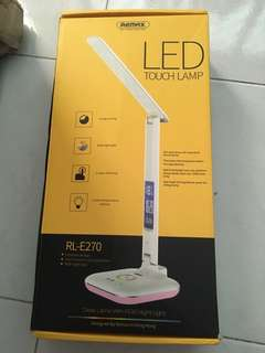 Remax led touch lamp