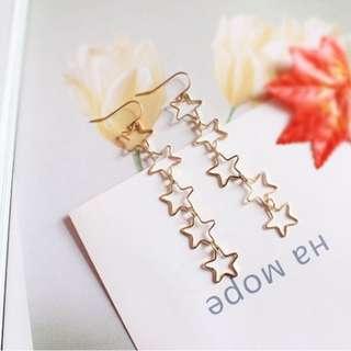 【現貨】五連星鏤空星星造型耳鉤耳環