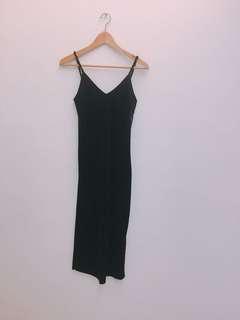 🚚 絲絨黑色洋裝