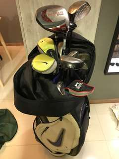 Golf set ( branded and complete for beginners )