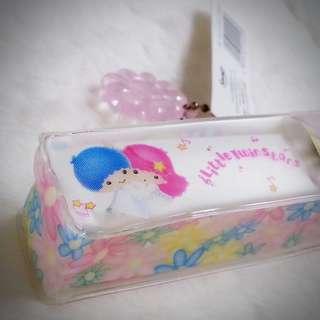Little Twin Stars 1998年 唇膏套匙扣 Sanrio Product 日本空運 日本版 珍藏 紀念 小禮物 小吊飾 掛飾(雙星仙子,KiKi&LaLa)(リトルツインスターズ) 114193