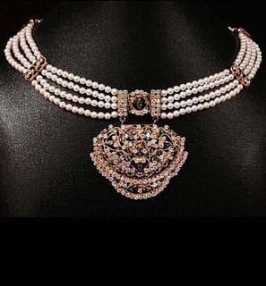 The Grand Necklace