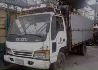 Isuzu elf truck wide aluminum highside