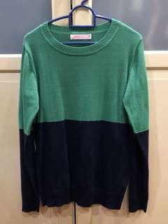 Green/Navy Pullover