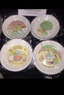 New Sumikkogurashi plates (selling as a set)