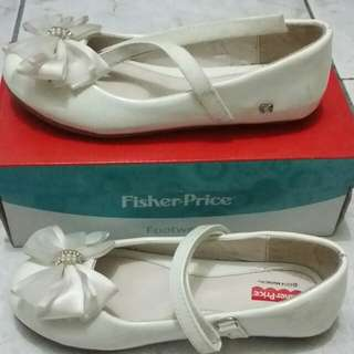 Preloved Fisher Price white shoes