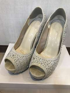 Preloved Wedding Heels