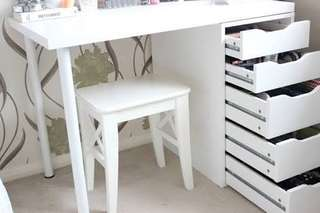 Vanity table and chair