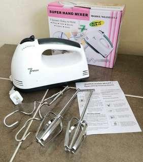 Hand baking mixer