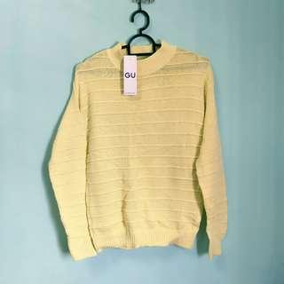 BNWT GU Knitted Sweater