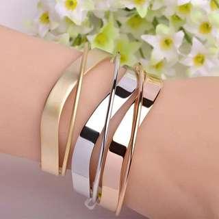 Chic Metal Bangle Bracelet