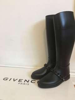 Givenchy Boots Eva Chain
