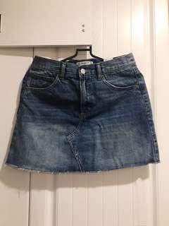 🚚 PULL&BEAR 牛仔短裙(全新拆標)