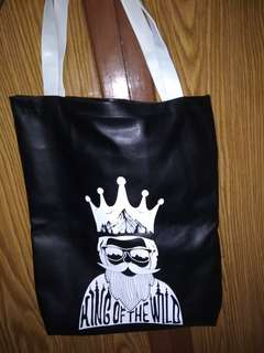 King of the world tote bag adorable project