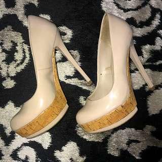 Zara Woman Beige Platform High heels pump SIZE 7