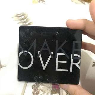 Make Over Eyeshadow (BLACK GODIVA)