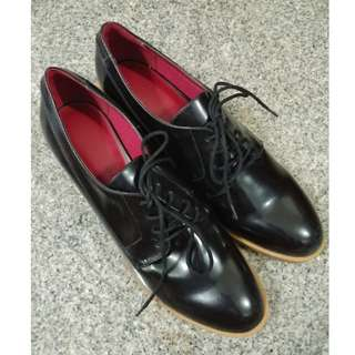 Charles & Keith Laced Preppy Shoes (Black)