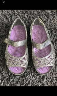 Baby Girl Shoes - Crocs Silver Princess (size 8 kids)