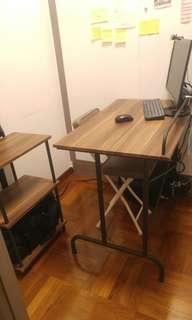 一套工業風書桌+3層層架