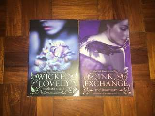 Pre-loved Wicked Lovely Series by Melissa Marr Book 1$2