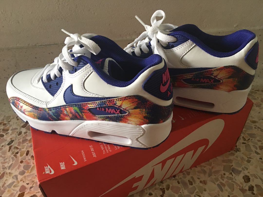 9709e25569 Brand new Nike Air Max 90 limited edition print leather LTR 5.5 y ...