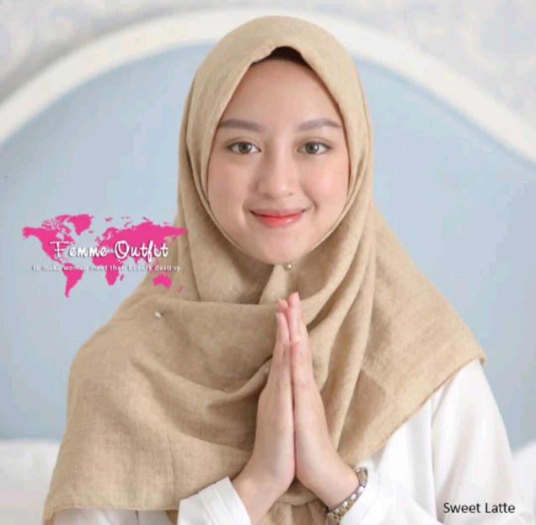 Femme Outfit Alexa Shawl Sweet Latte Square Alexis Celana Kulot Rok Olshop Fashion Muslim On Carousell