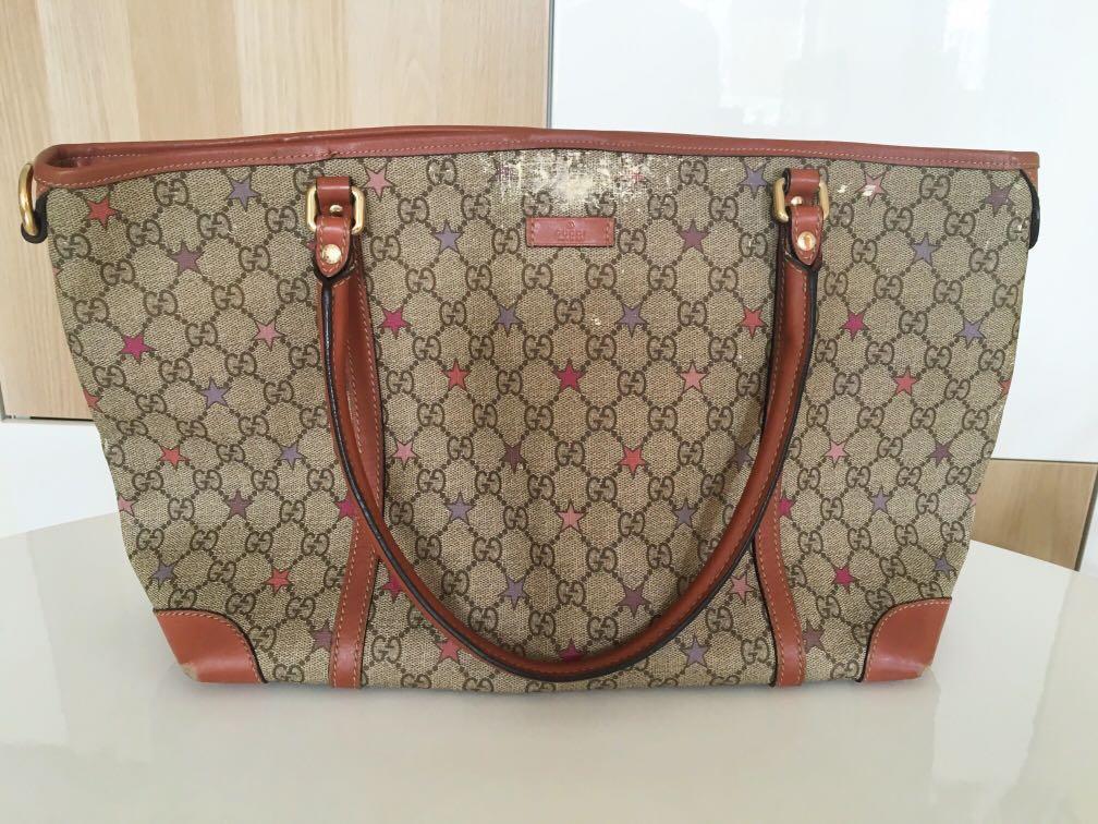 90b8217b5e822a Gucci joy gg supreme stars canvas tote, Luxury, Bags & Wallets on ...