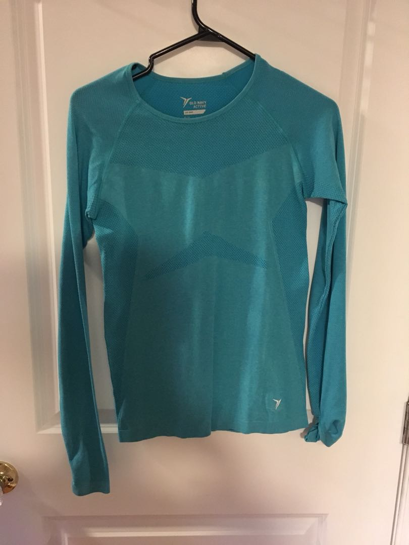 Long sleeve blue workout top