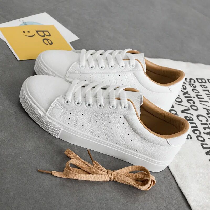 buy popular 44961 8b9be SOLD Plain White Sneakers Shoes, Women s Fashion, Shoes on Carousell