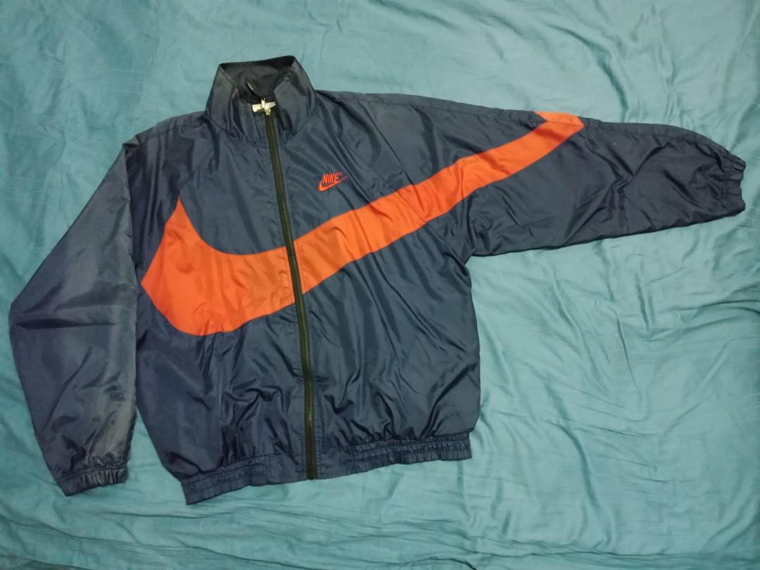 4dff2524f1f7 Vintage Nike big swoosh Windbreaker 90s