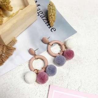 韓版秋冬毛球毛絨絨毛線球 皮質耳環耳飾