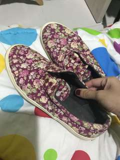 Sepatu airwalk flower