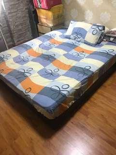 Queen Size Divan Bed