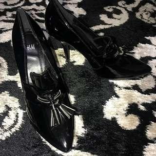 H&M black shoe Size 7