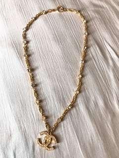 Chanel necklace vintage