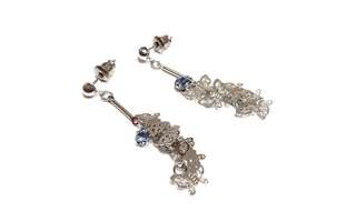 Japan ✈️ 日本進口 夏日風情 銀白色多層次造型小蝴蝶🦋 耳環